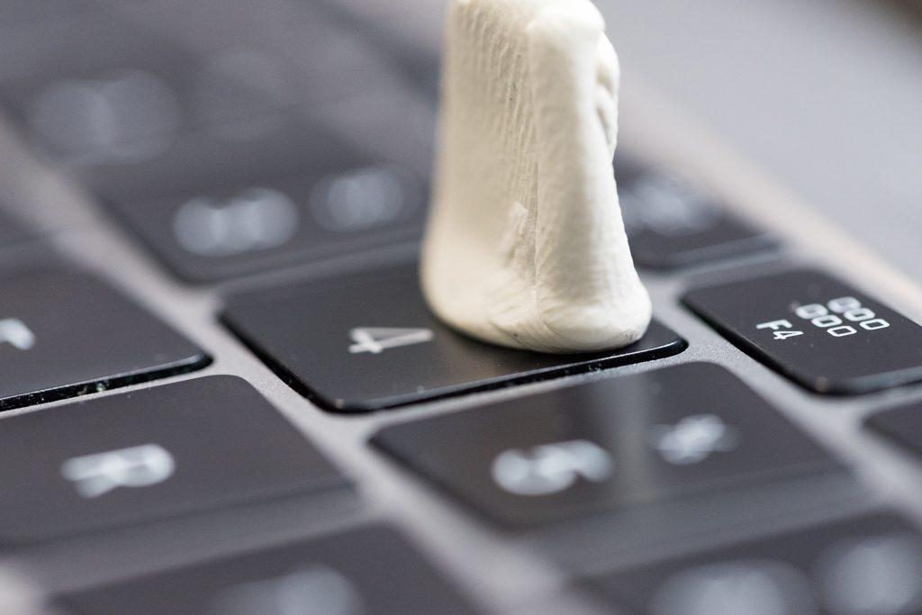 Macbook Butterfly Tasten Tastatur Reinigen Konkludenz